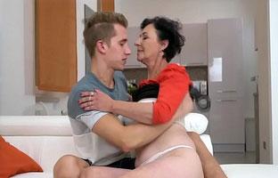 Sex Mit Einer Oma