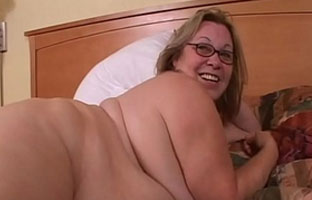 Oma BBW Porno